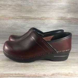 Dansko Women's Leather Clogs size eu 38 us 7.5
